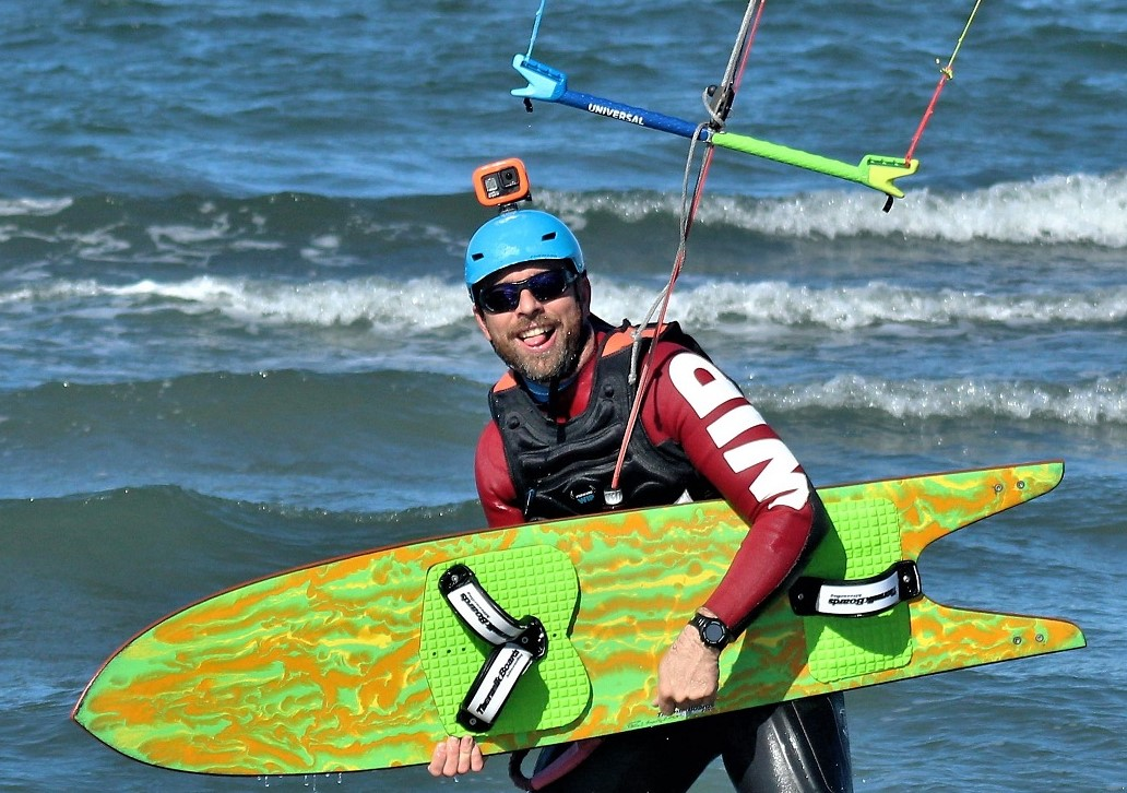 Albéric Dubray avec planche de Speed Thermik Board